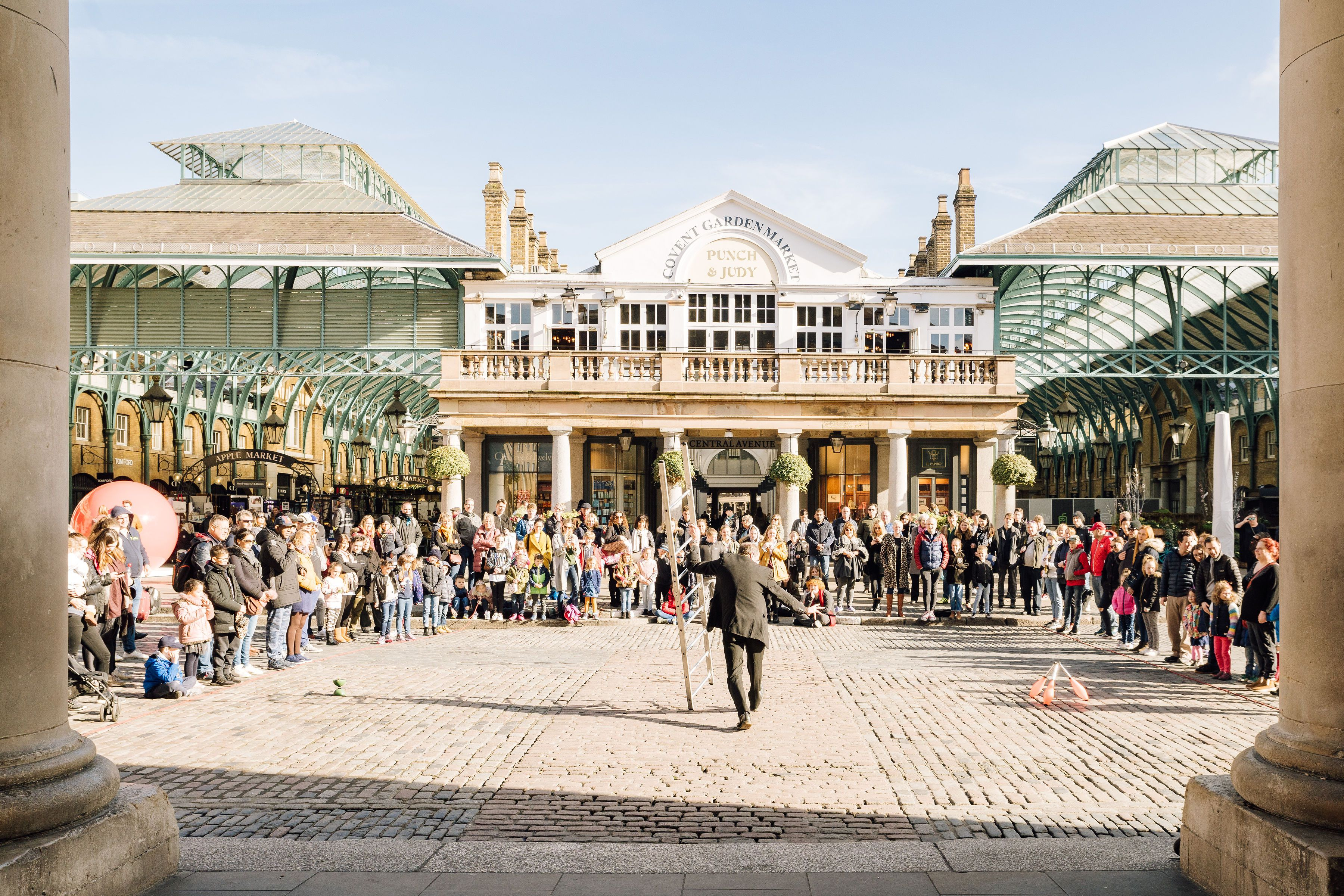 A street performer in Covent Garden
