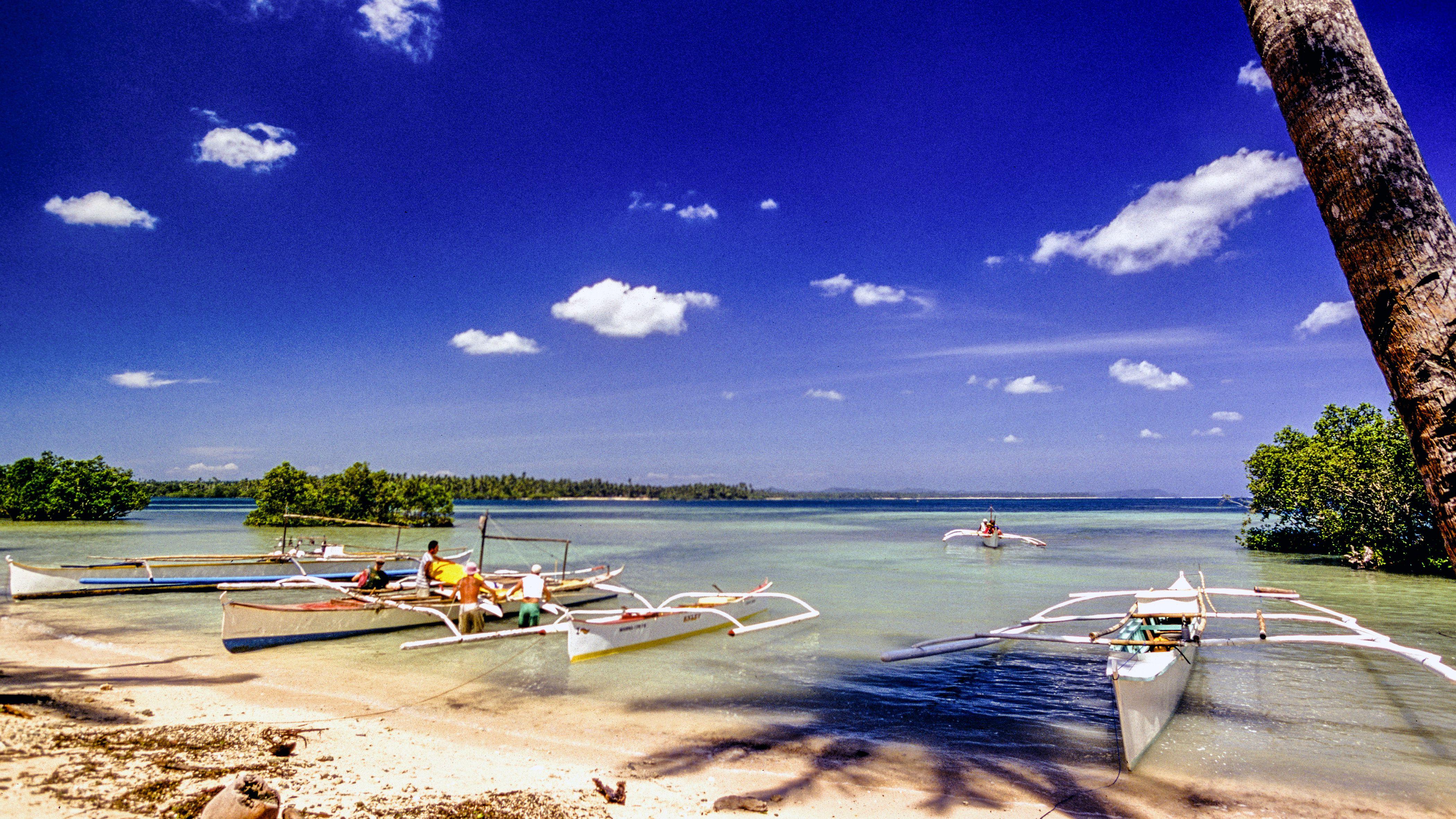Barcos en la isla de Siargao