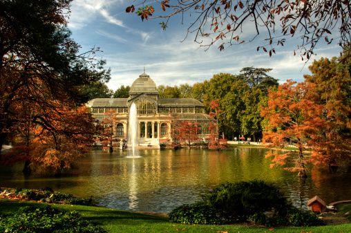 Otoño en el lago artificial del Palacio de Cristal