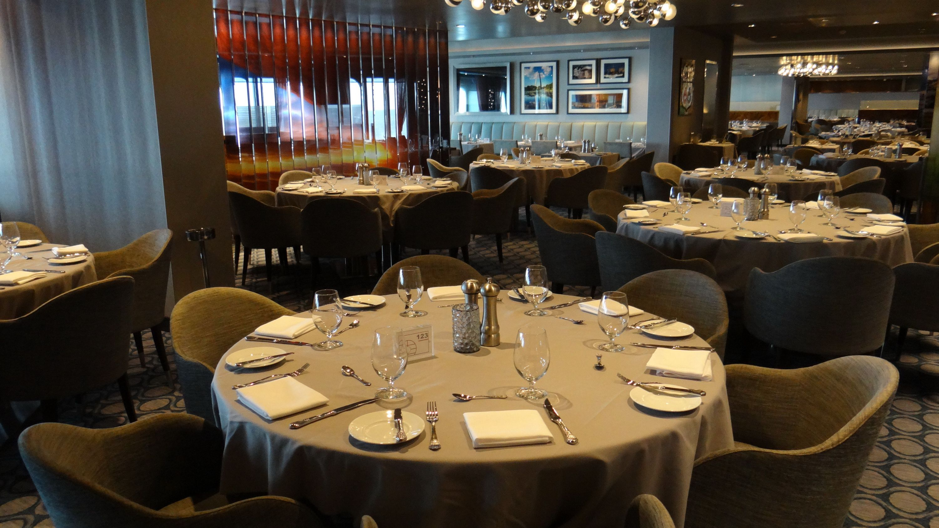 Dining Options On The Quantum Of The Seas