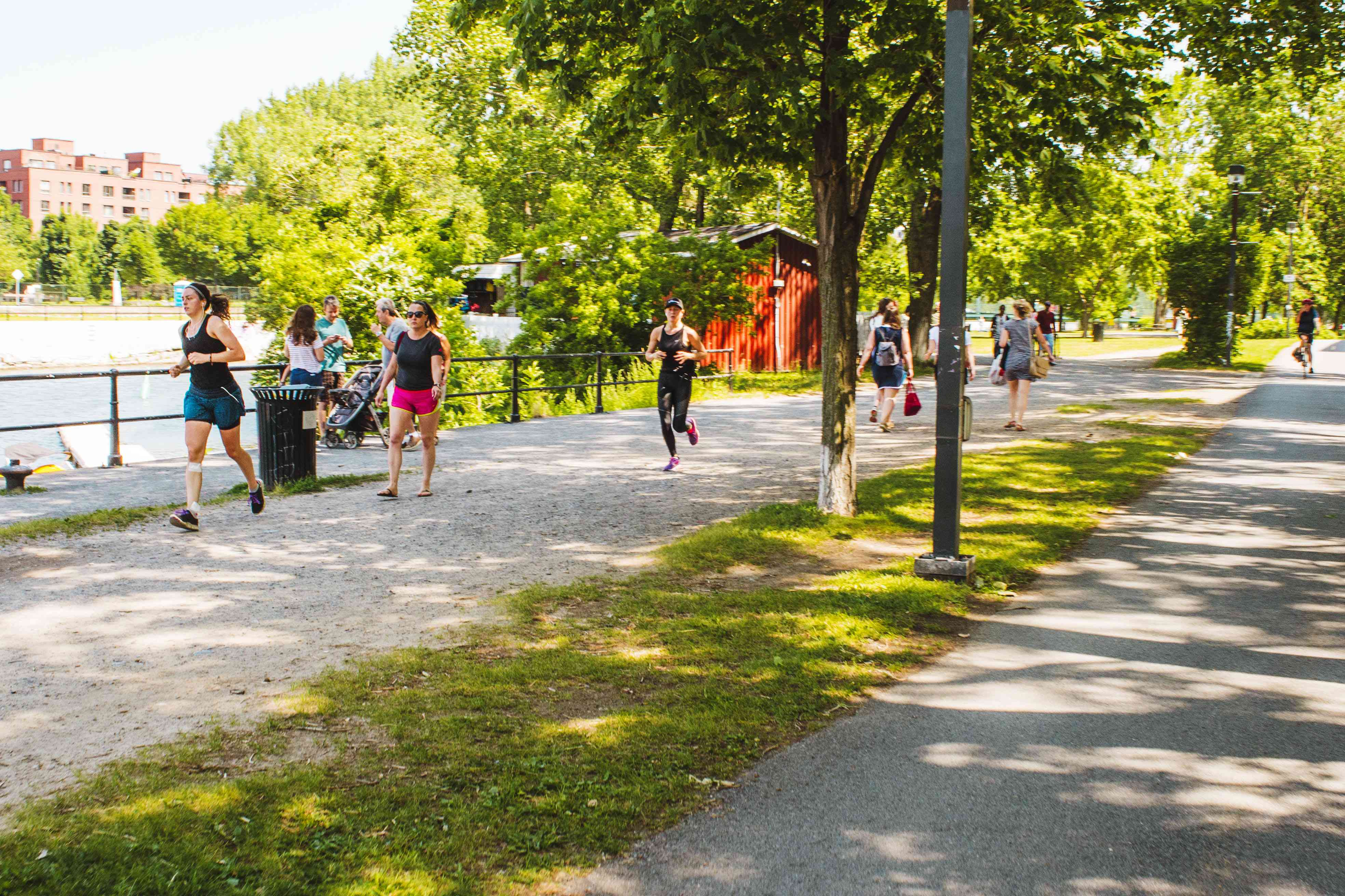 Walkers and runners at Lachine Canal