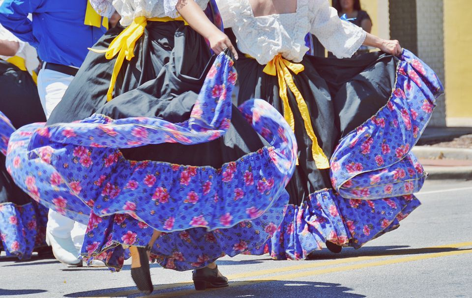 Female Dancers During Cinco De Mayo