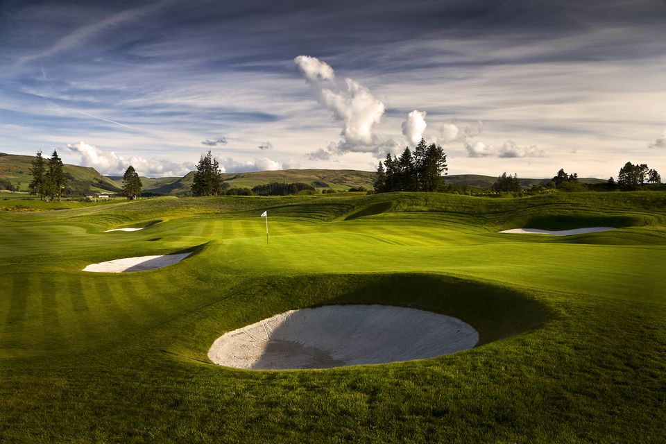 Australian Golf Courses Where You Can Stay And Play