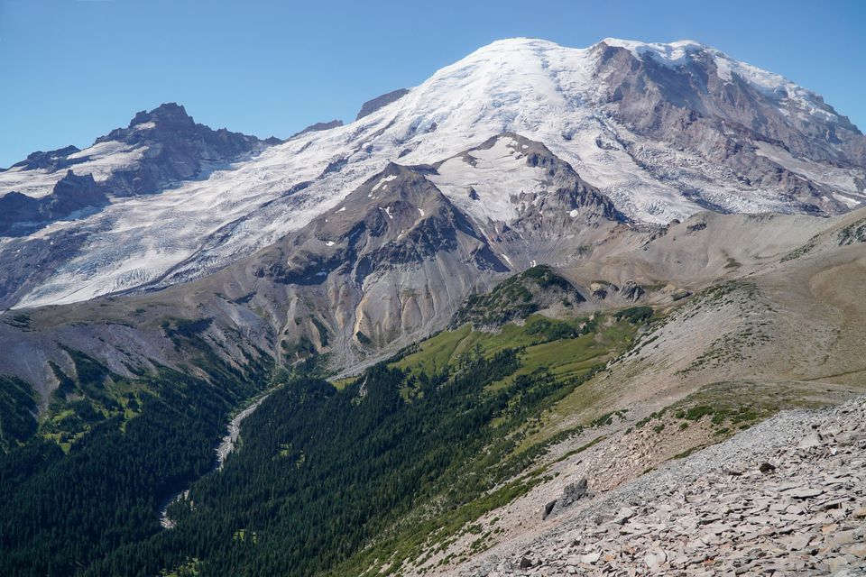 A snow capped Mt Rainier