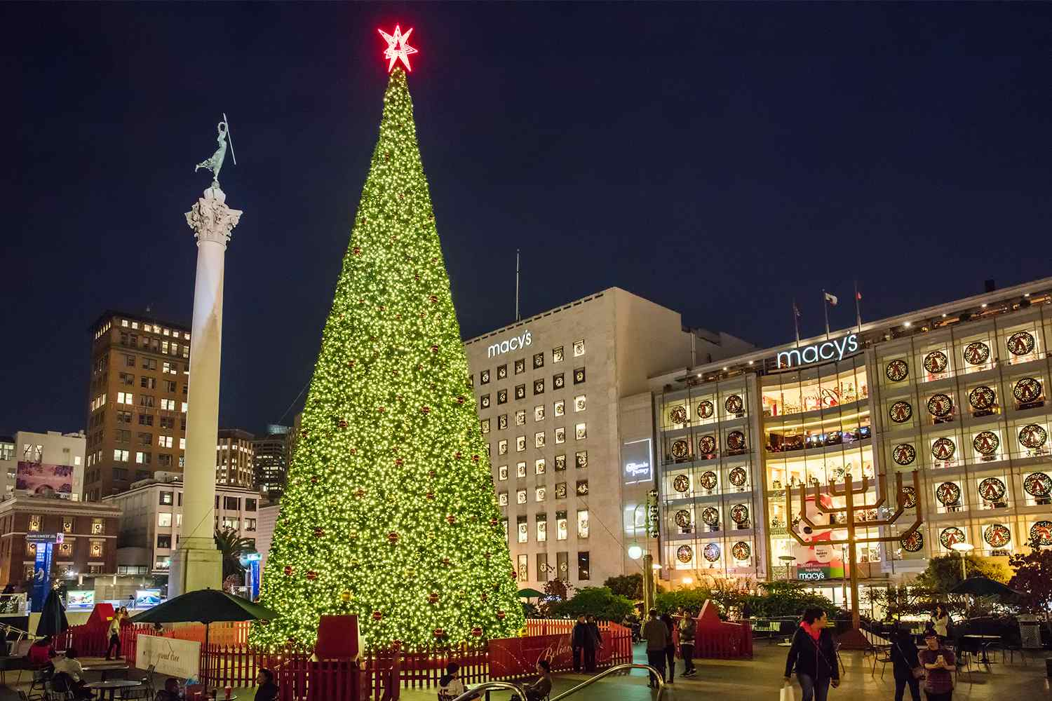 san franciscos union square at christmas photo tour - Is Macys Open On Christmas