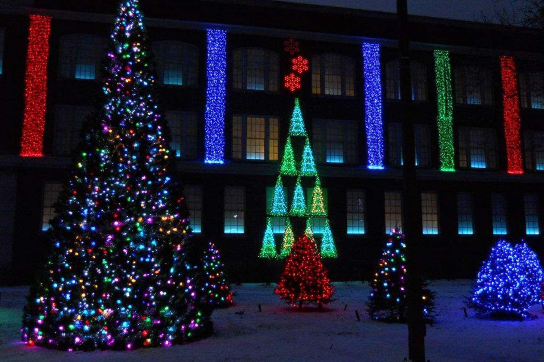 Nela Park holiday lights