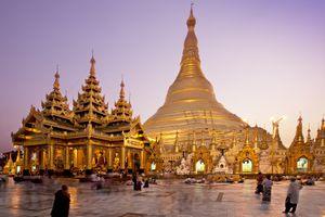 Shwedagon Pagoda in Yangon, Burma/Myanmar