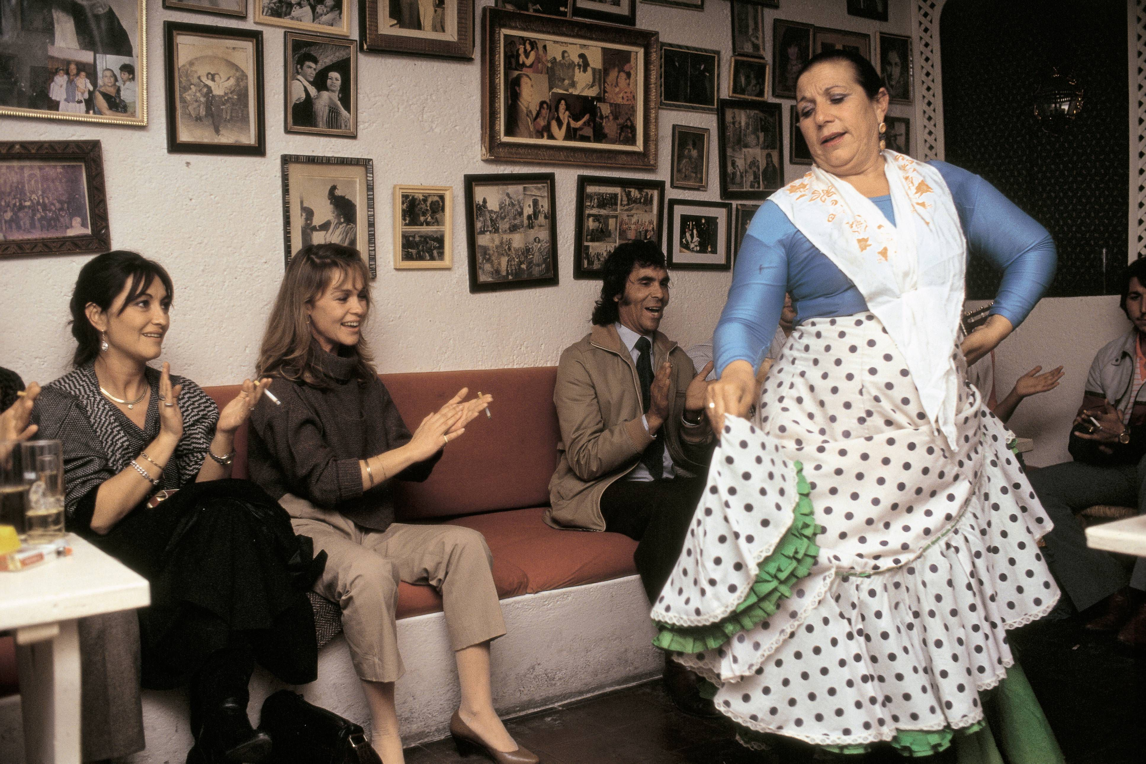 Pepa Flores and Marisol In a flamenco show in one of the caves of the Sacromonte neighborhood (Granada)