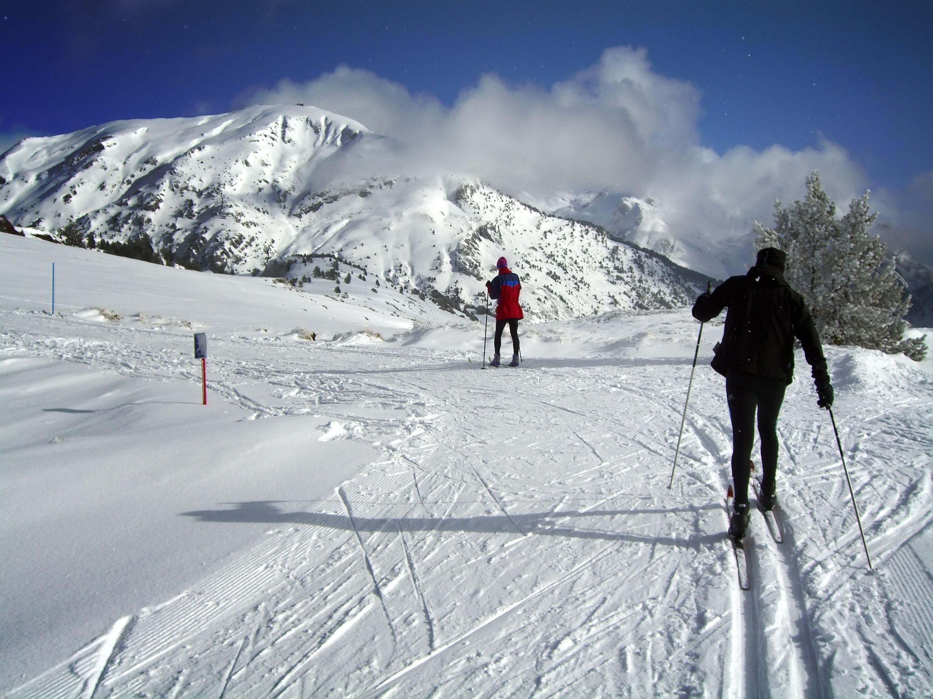 Esquiar en Candanchú, España