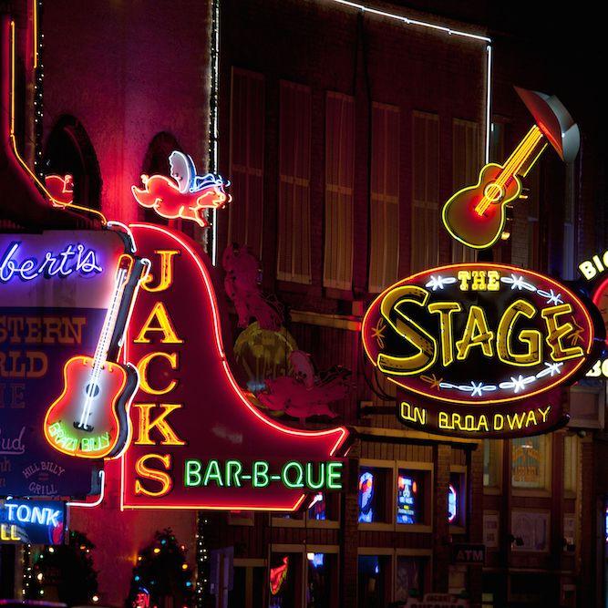 The 15 Best Bars in Nashville