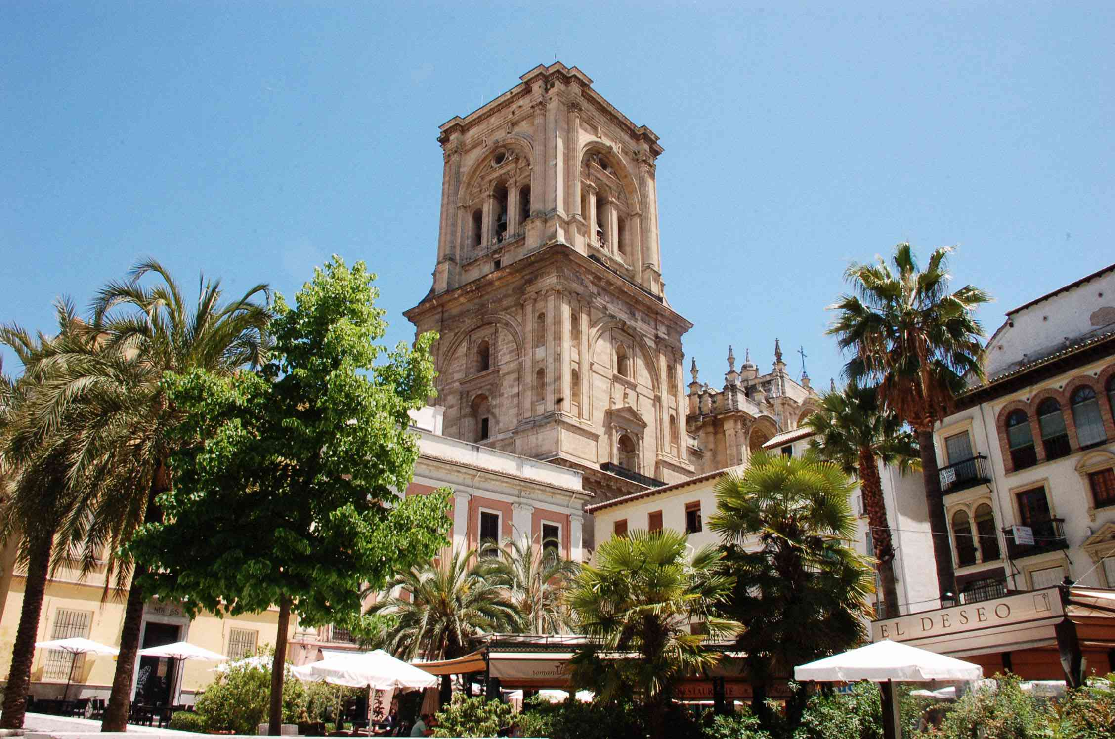 THe cathedral in the main square in Granada