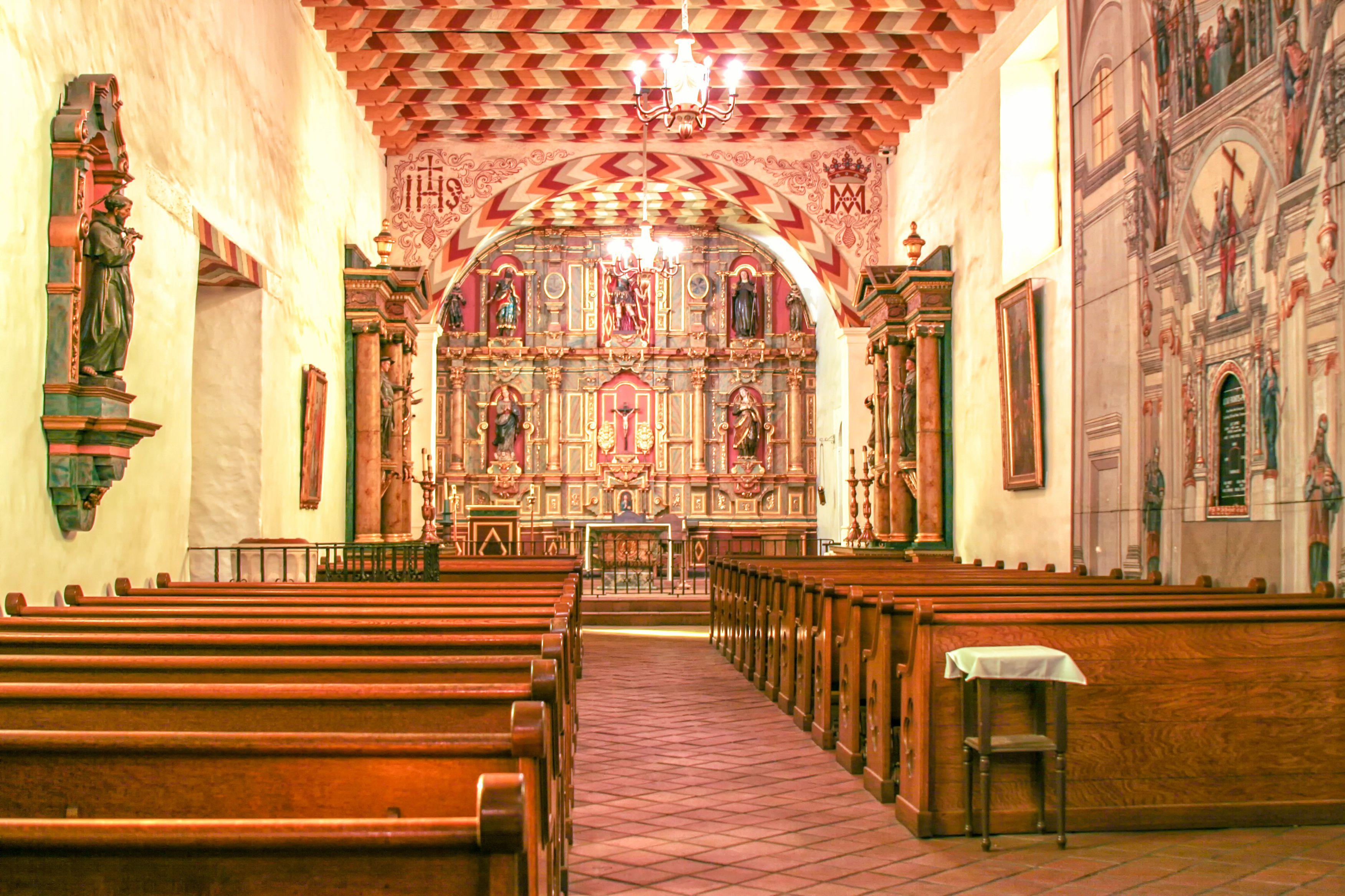 Interior of Mission San Francisco de Asis