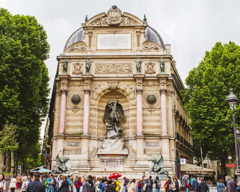 Place Saint Michel