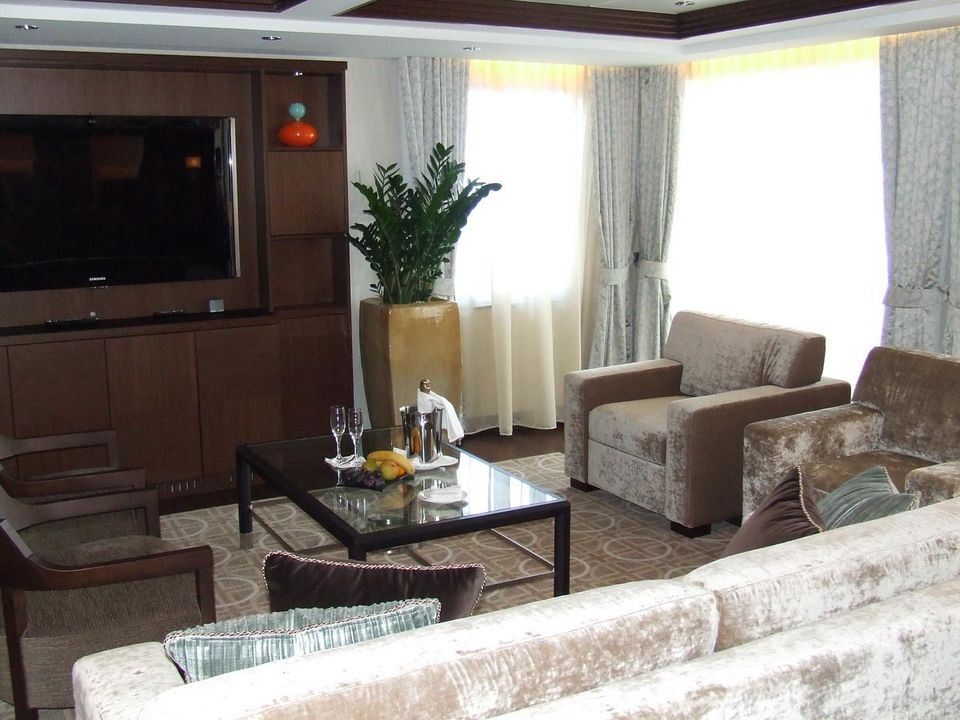 celebrity solstice cruise  cabins and suites