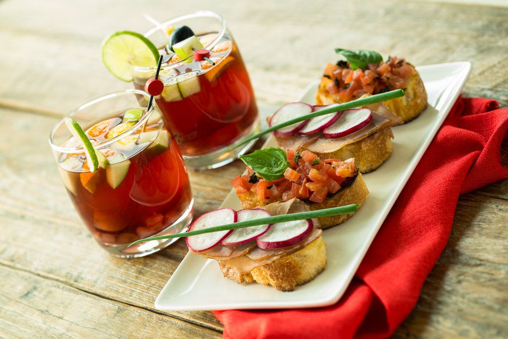 Drinks and bruschetta at DC Cocktail Week