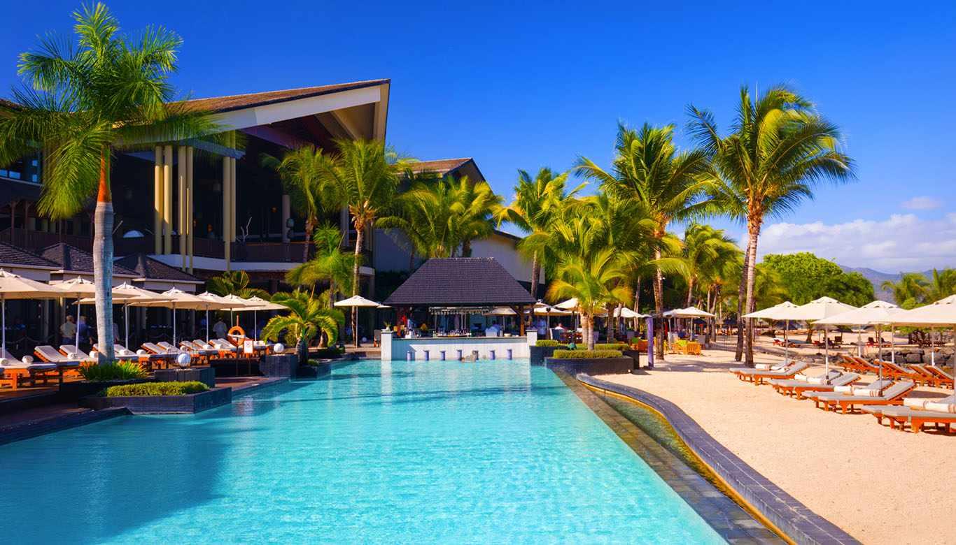 Exterior and pool of InterContinental Mauritius Resort Balaclava Fort