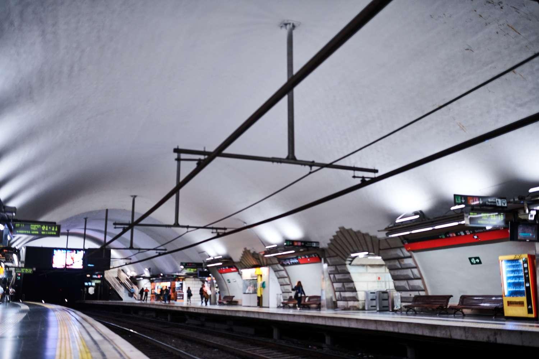 Metro platform in Barcelona