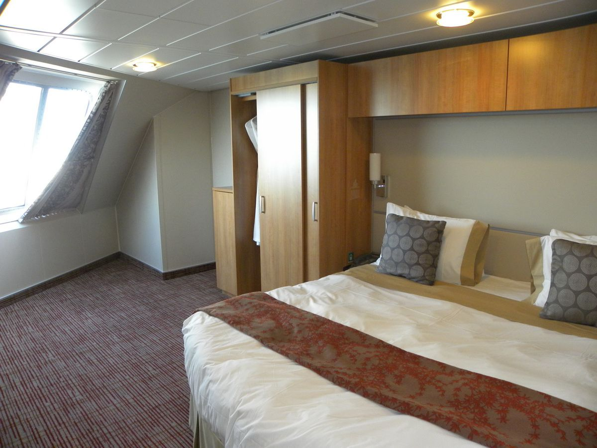Celebrity Eclipse Cruise Ship Cabins And Suites