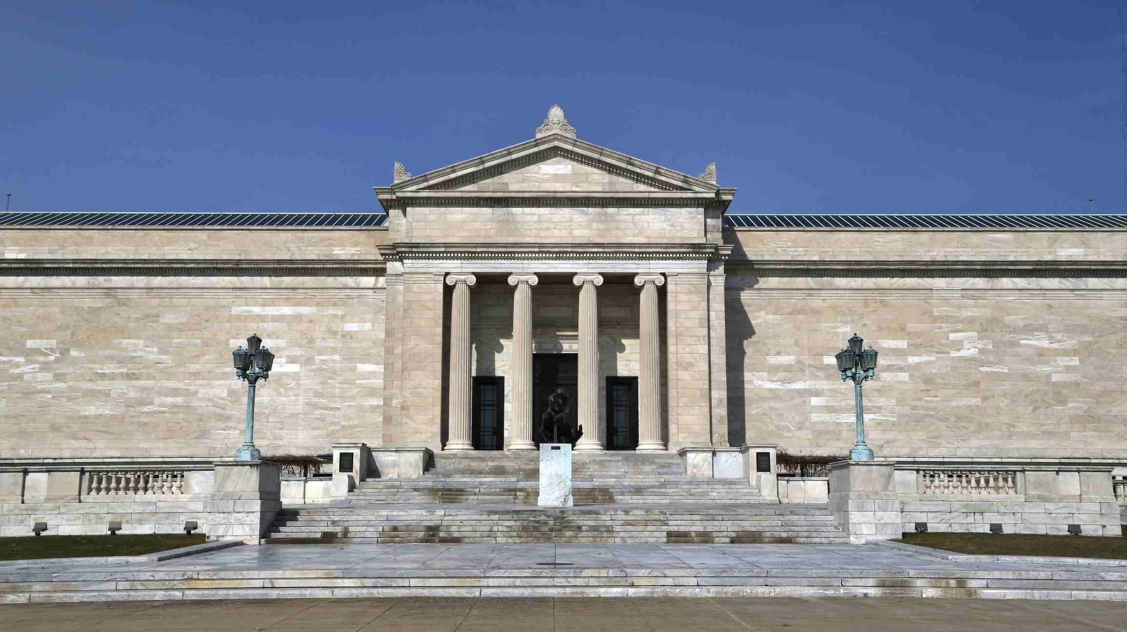 The Cleveland Museum of Art, in the University Square Arts neighborhood, Cleveland, Ohio, USA