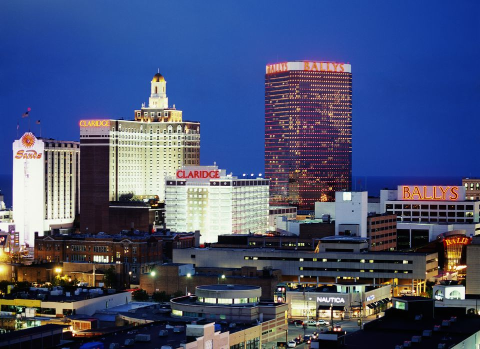 USA, New Jersey, Atlantic City, skyline