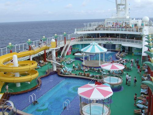 View of the Norwegian Pearl Swimming Pool from the Deluxe Owner's Suite