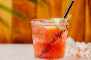 Drink at Duke's Waikiki