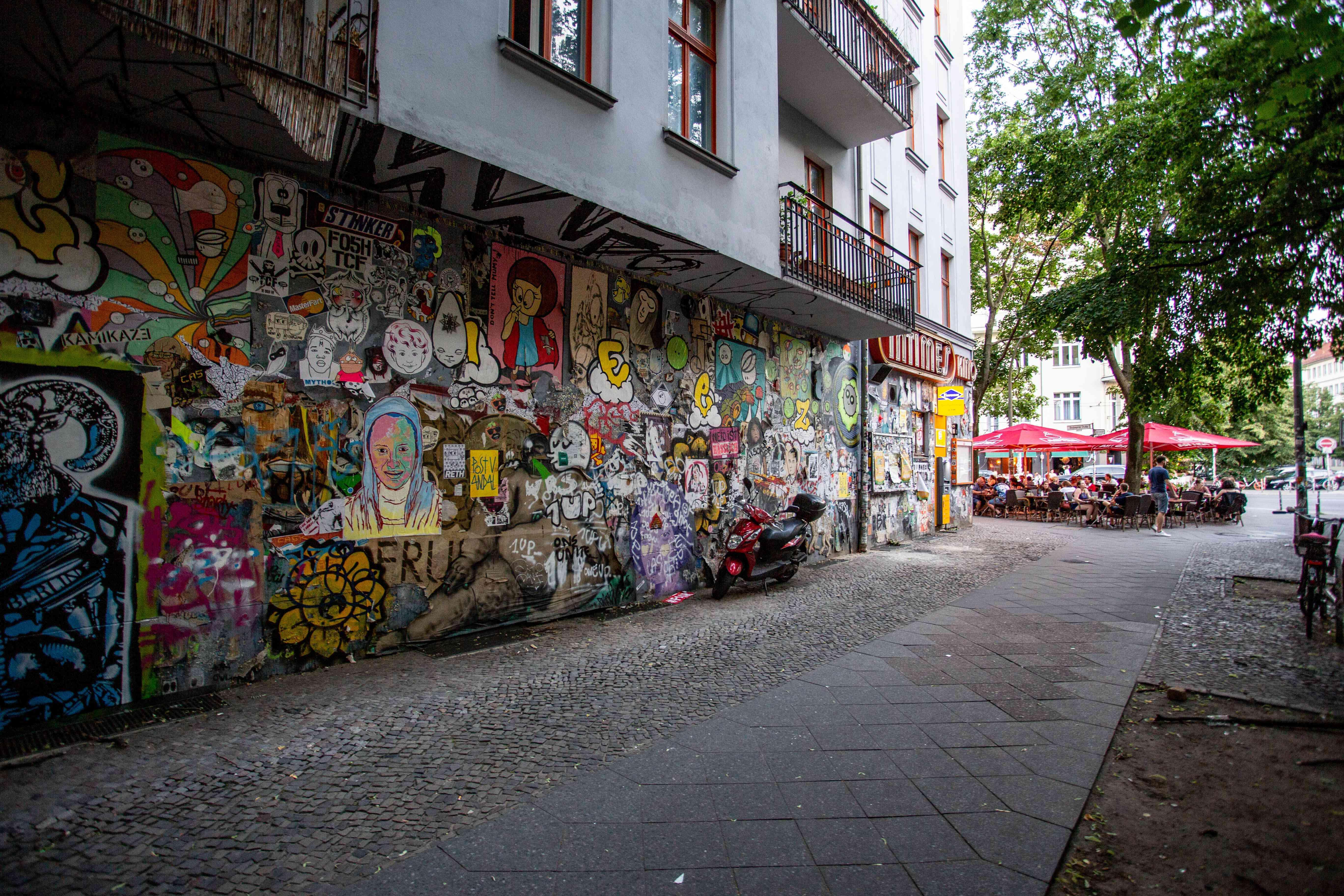 Graffitti of Kino intimes