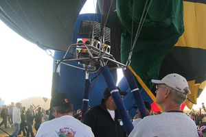 Balloon Fiesta Inflating