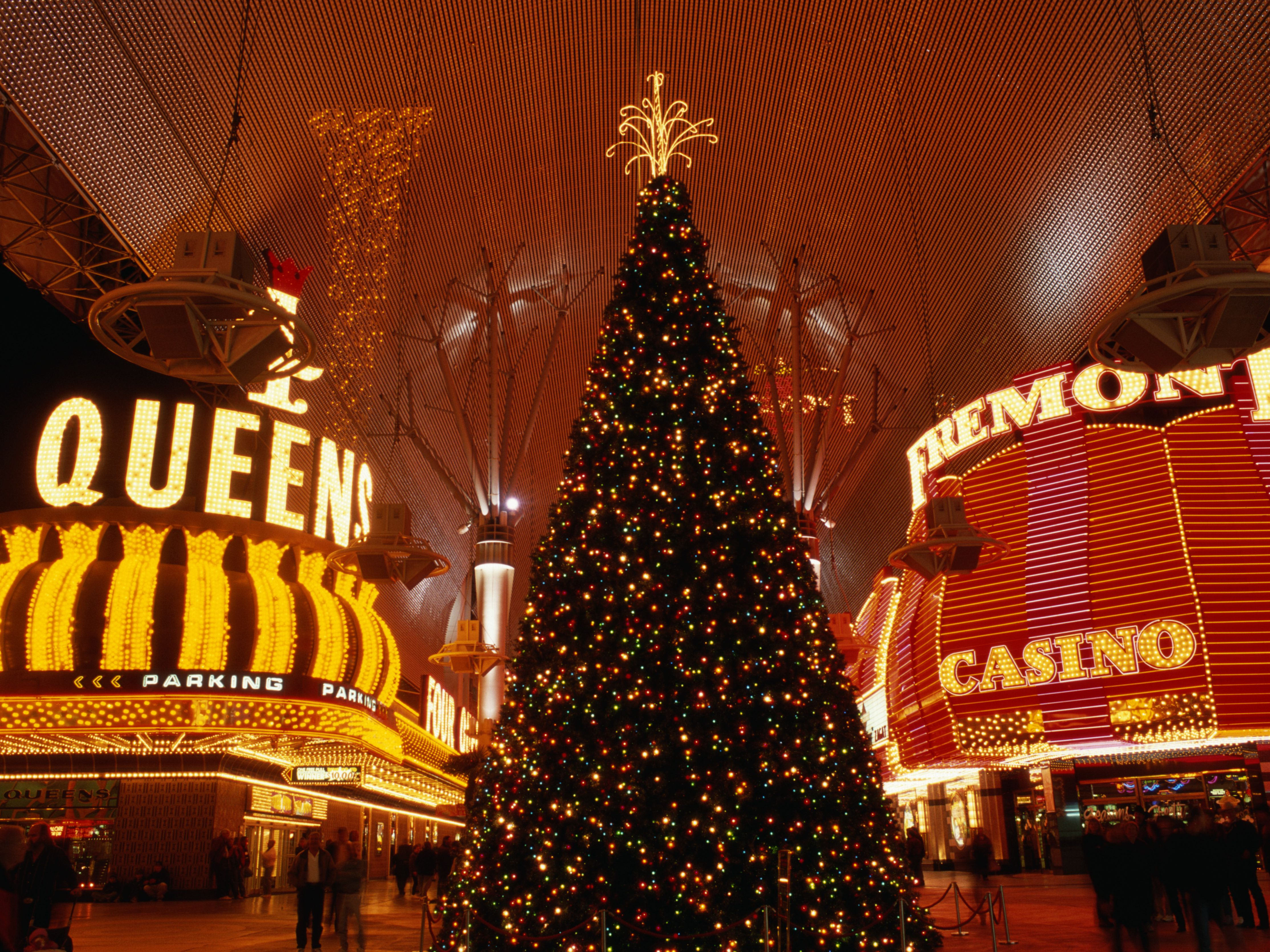 Las Vegas Christmas.December In Las Vegas Weather And Event Guide