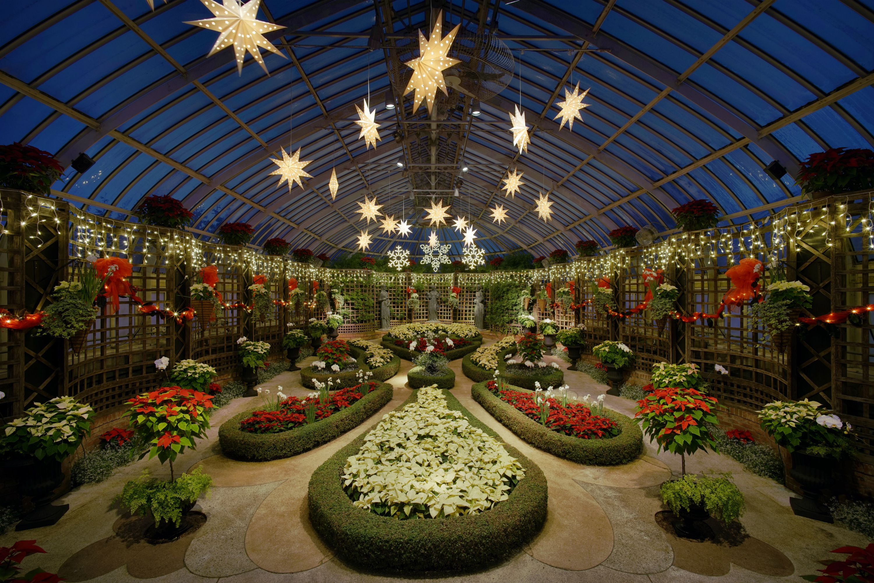 Phipps Conservatory and Botanical Gardens - History & Visitor\'s Guide