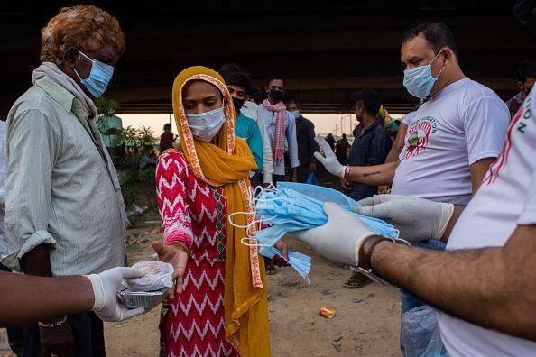 India extiende bloqueo en medio de la pandemia de coronavirus
