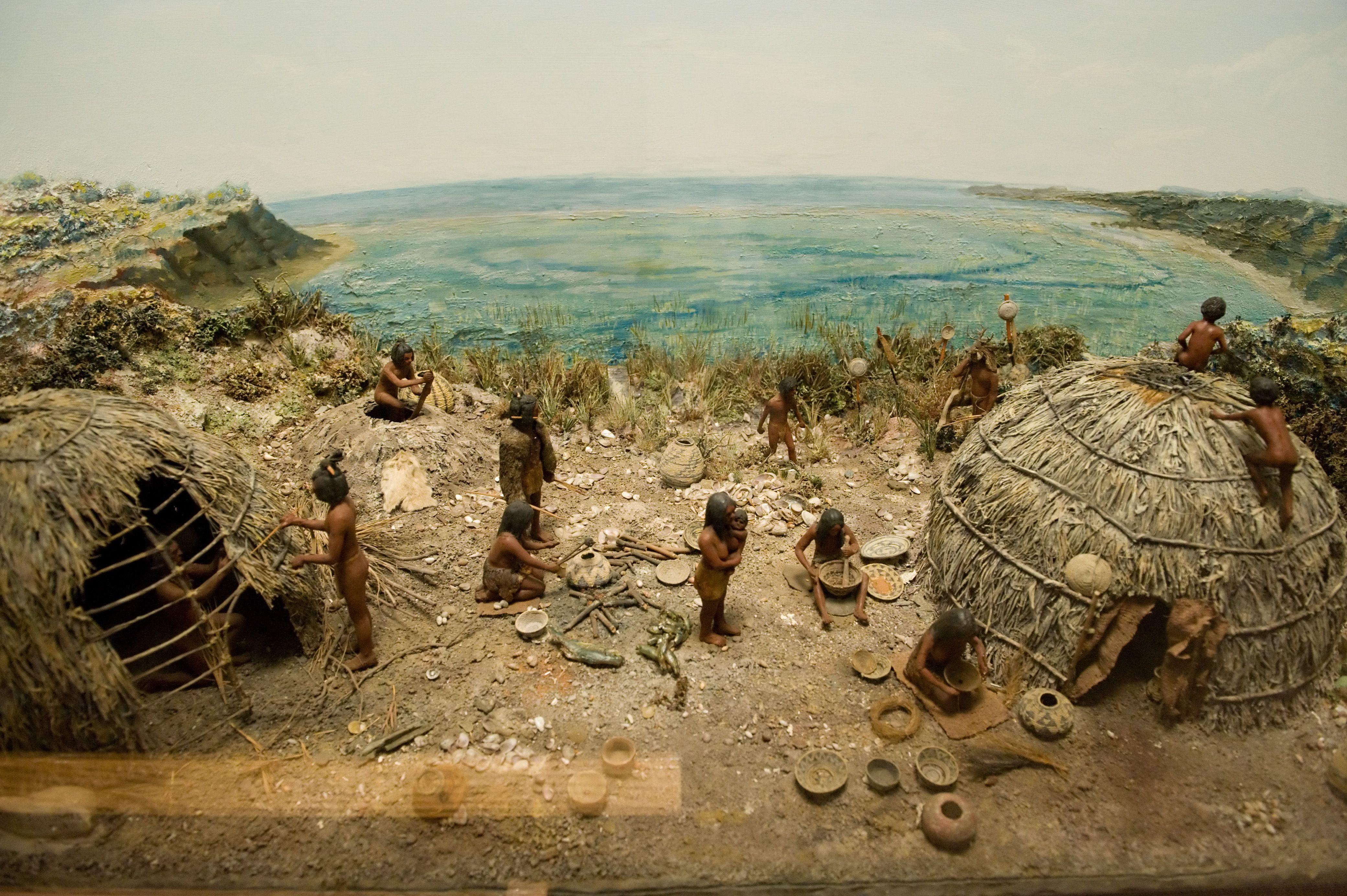 Ventureño Chumas Indian Village diorama at the Chumash Indian Museum.