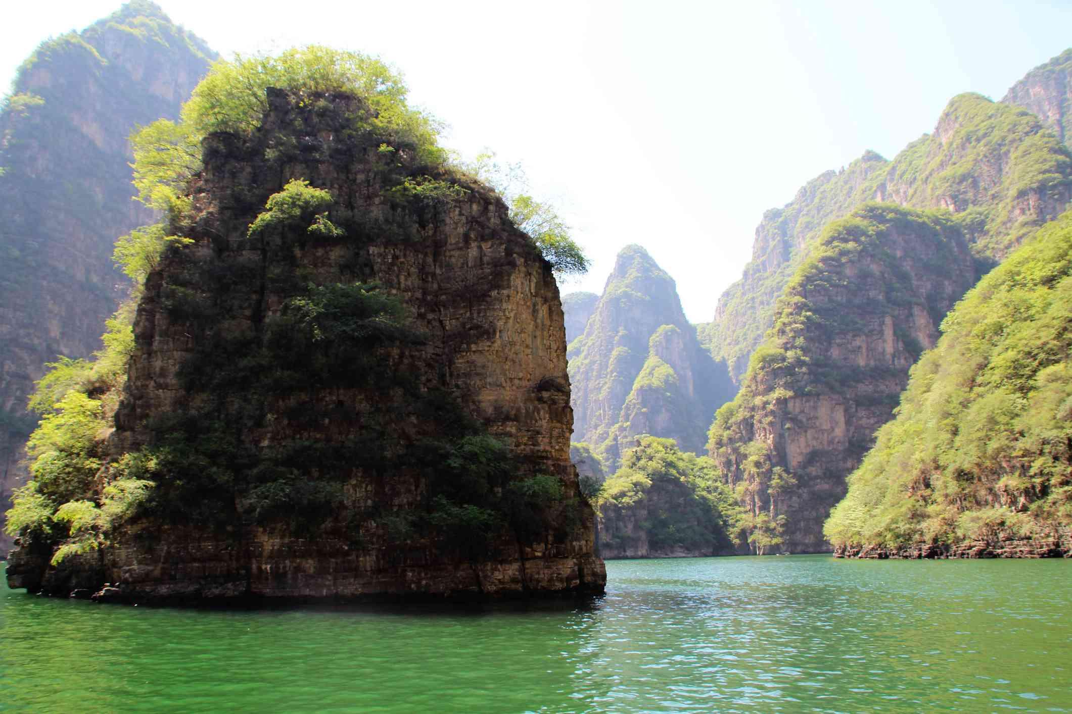 Long Qing Gorge