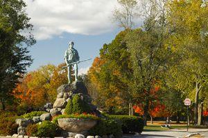 Minuteman Statue & Battle Green