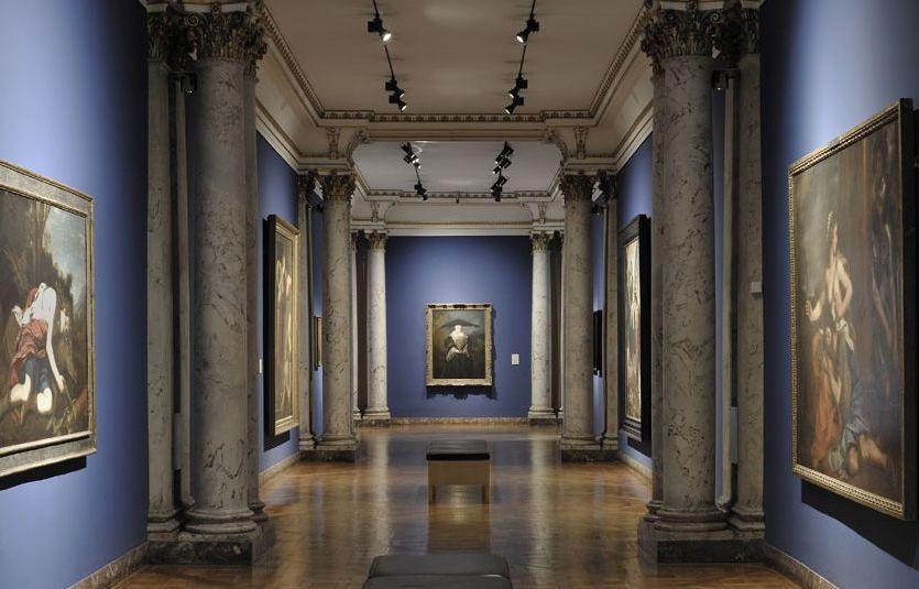 Hallway in the strasbourg museum of fine arts