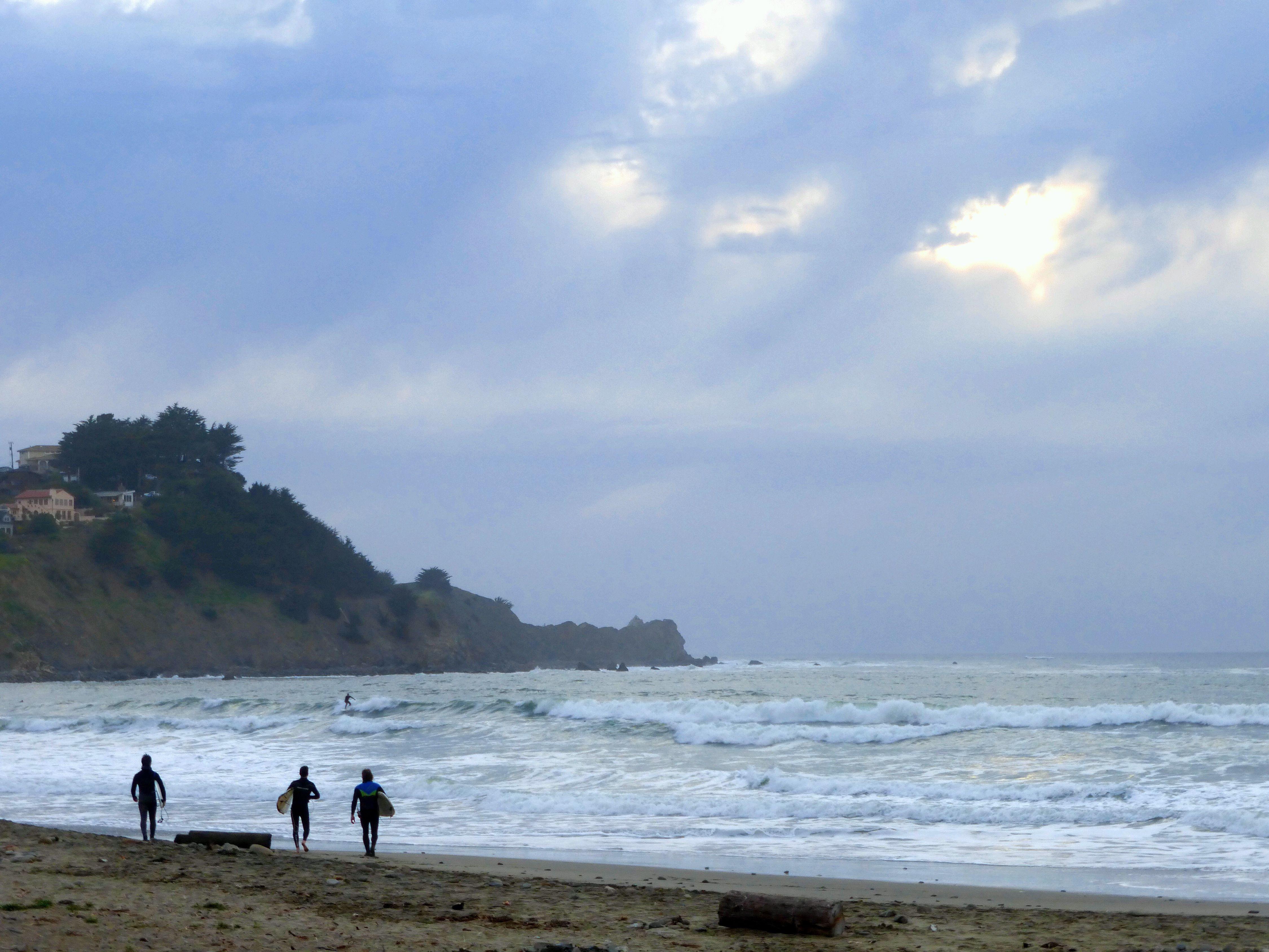 Linda Mar Surfing, Pacifica
