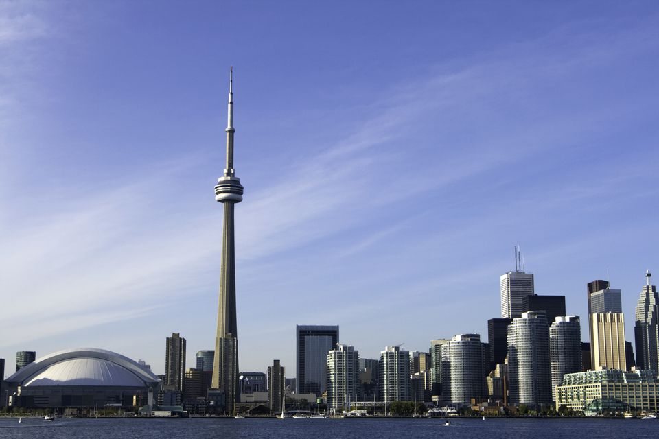 15 Fascinating Facts About Toronto S Cn Tower