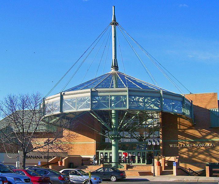 Danbury Fair Mall entrance
