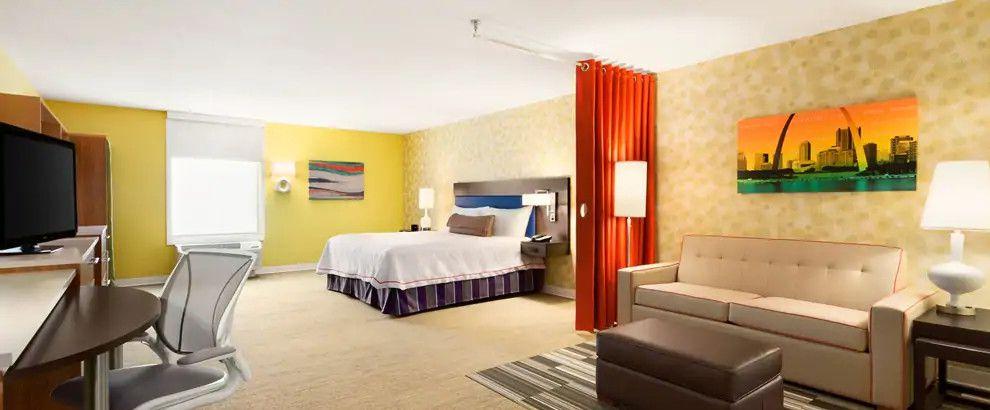 Home2 Suites by Hilton St. Louis / Forest Park
