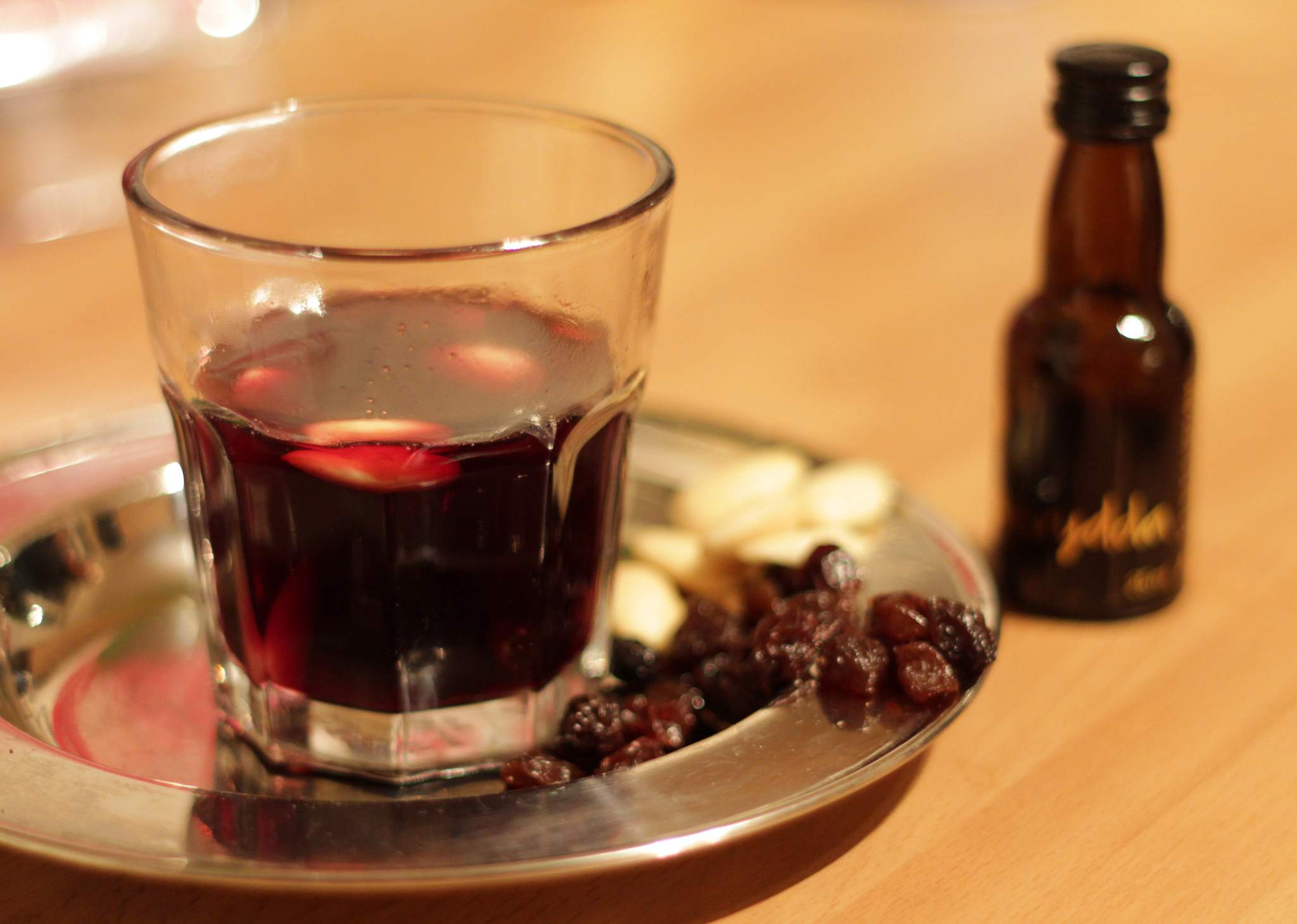 Gløgg (mulled wine)