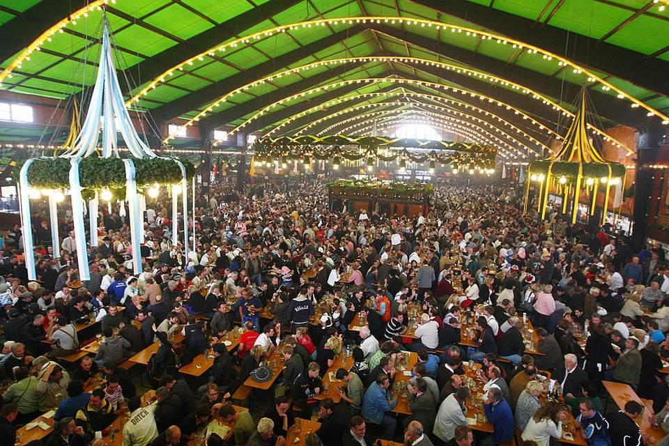 Tienda de cerveza Oktoberfest Augustiner