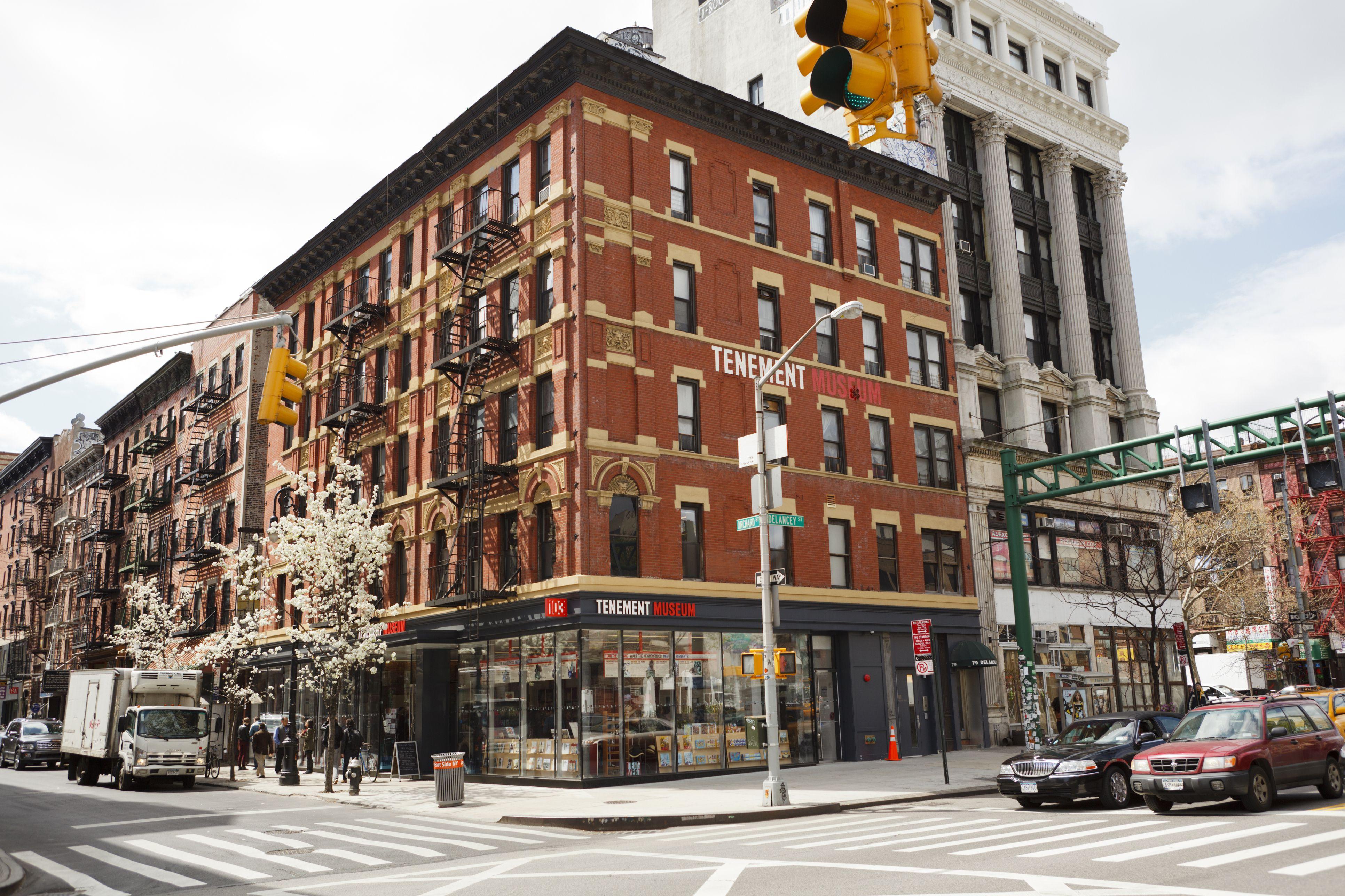Guide To Nyc S Lower East Side Neighborhood