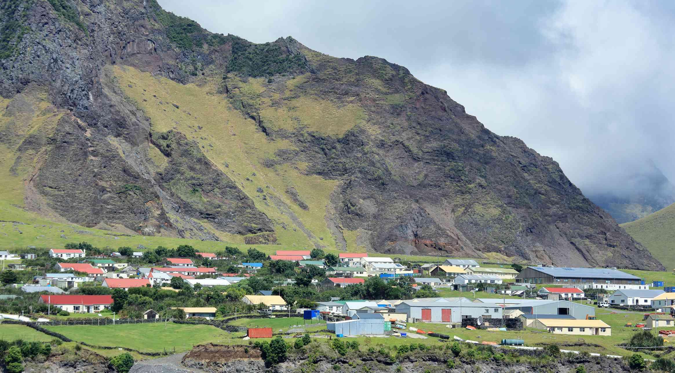 Tristan da Cunha, St. Helena