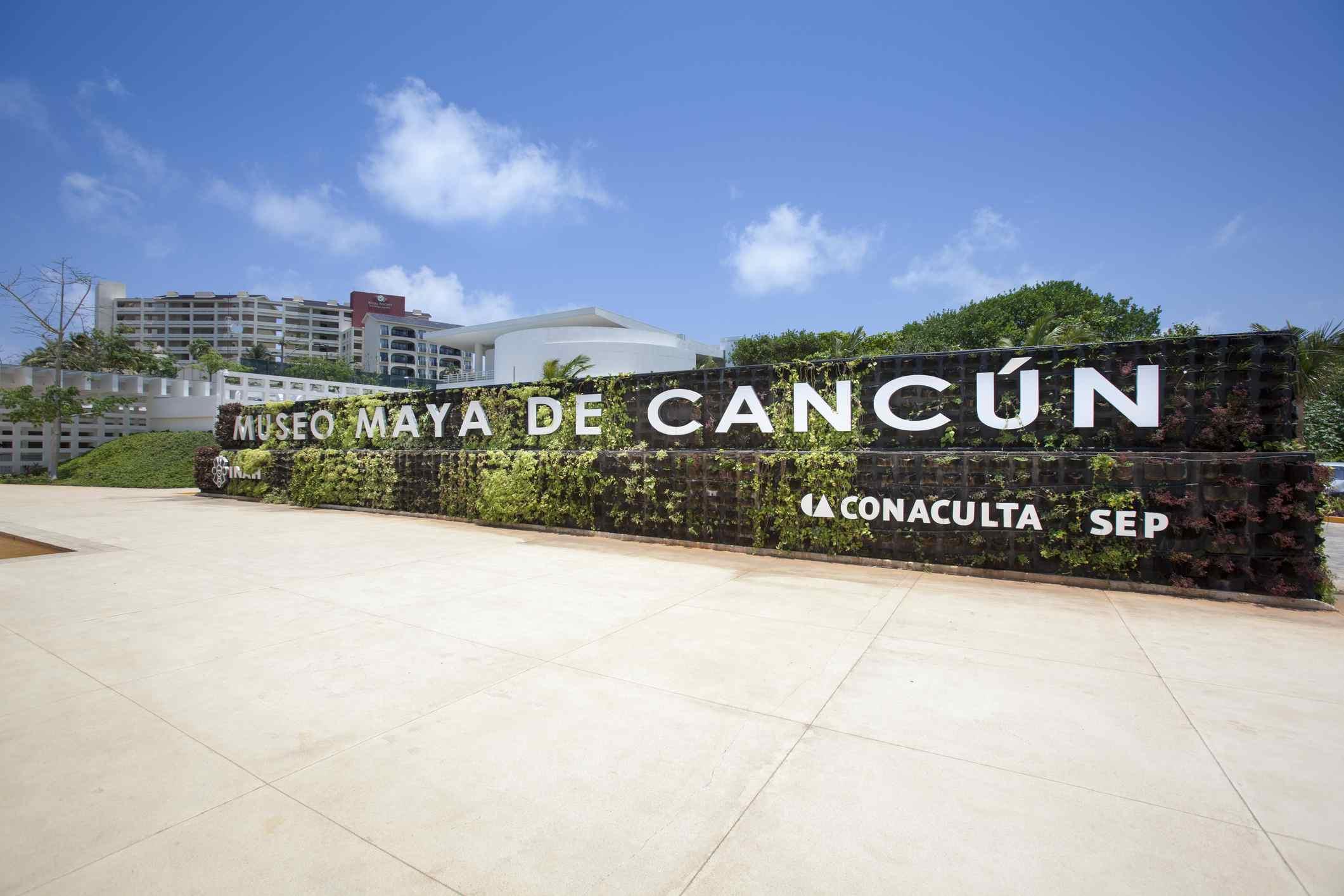 hook up cancun