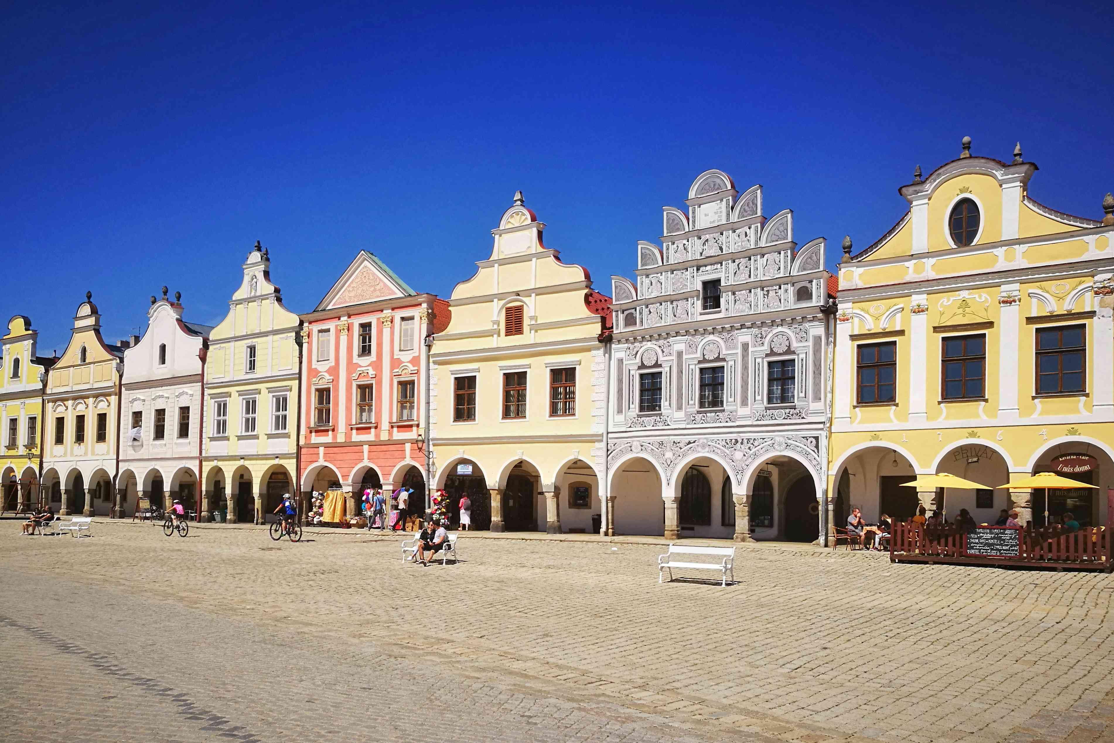 Casas renacentistas en la plaza principal de Telc