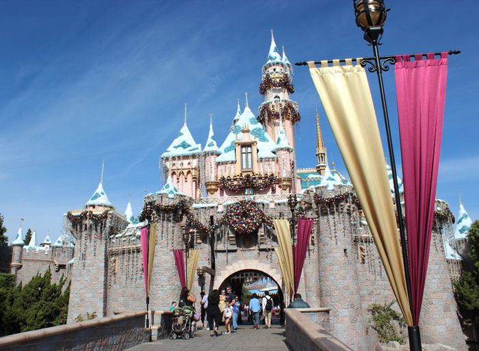 Disneylands 50th anniversary celebration disneyland castle publicscrutiny Image collections