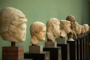 A line of historical busts