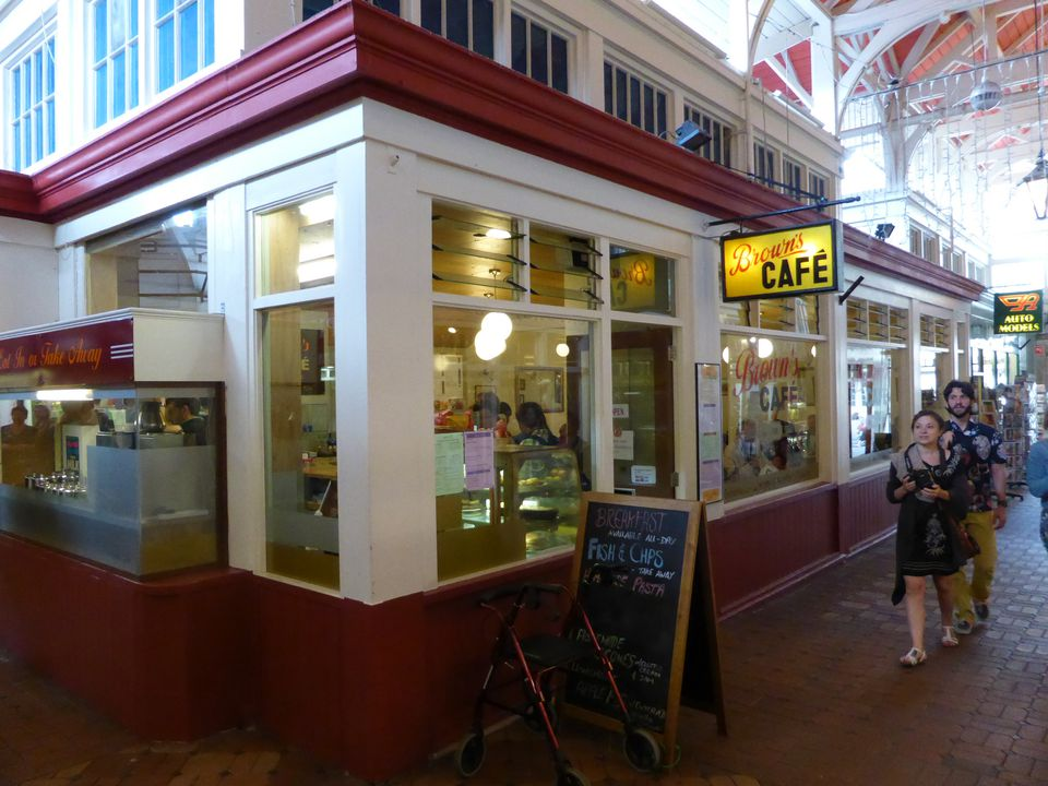 Newer Brown's Cafe