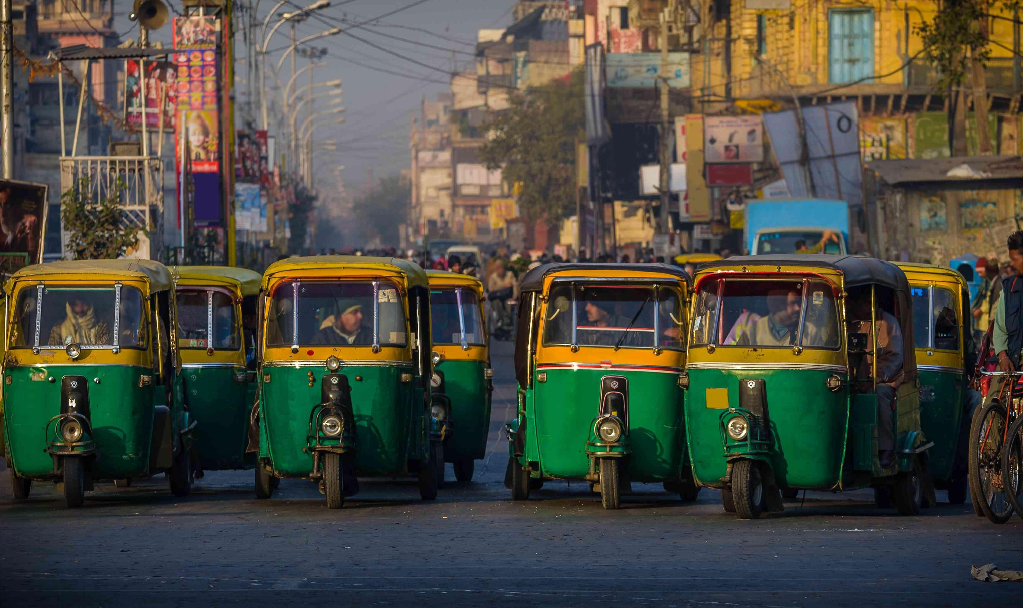 Carritos de autos en Delhi