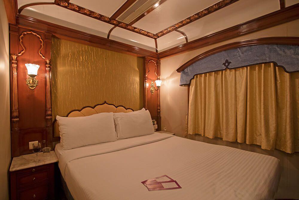 Golde Chariot Luxury Train bedroom.